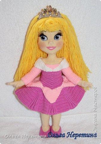 Куколка Аврора с набором одежды (связана крючком)  фото 6