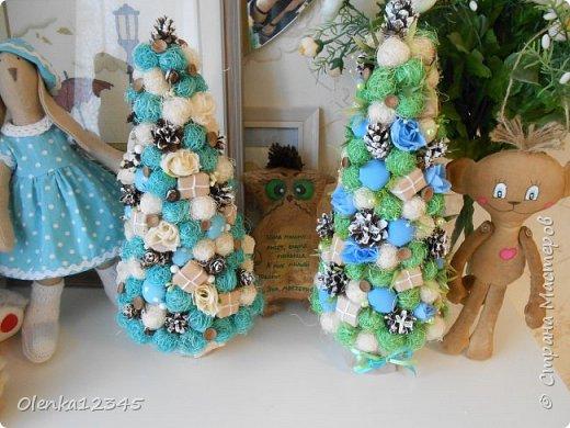 Всем здравствуйте. В компанию к моей первой бирюзовой ёлочке сотворилась вот такая зелено-голубая красавица. фото 5