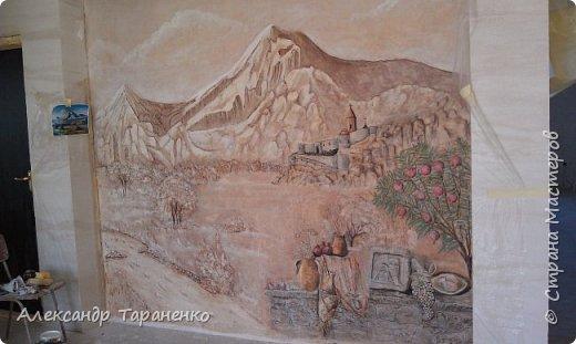 """Барельеф на стене """" Монастырь """" Хор- Вирап! фото 1"""