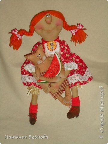 ПРИВЕТ СТРАНА!!!!! Сегодня ровно год, как я здесь )) хотела приготовить к такому событию очередной МК , но увы...пока катастрофически не хватает времени.   Представляю вашему вниманию своих новых кукол:  фото 5