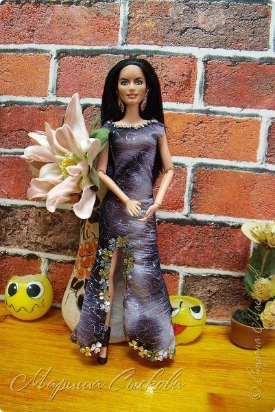Готовились мы тут с куклами к осеннему балу)) Девчонки все в паетках!) фото 25