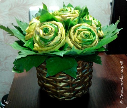 Вот такой букетик из кленовых листьев создался! Спасибо нашим мастерицам и их МК! фото 2