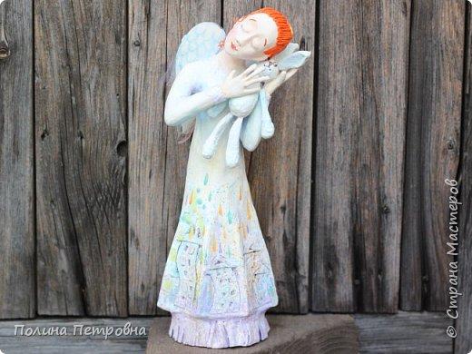 Родился новый нежный ангелочек.Ангел вдохновения,помогает мастерам.Идейку на ушко нашепчет.Искорку,душу в глаза куколке вдохнёт...Чудо рядом для тех,кто верит... фото 1