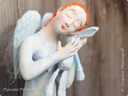 Родился новый нежный ангелочек.Ангел вдохновения,помогает мастерам.Идейку на ушко нашепчет.Искорку,душу в глаза куколке вдохнёт...Чудо рядом для тех,кто верит... фото 2