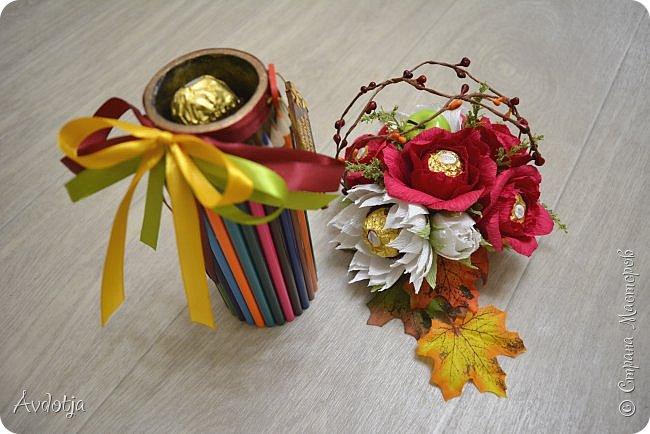 Всем здравствуйте!! У меня тоже, как у всех, наступила осень, но работ осенних не так много. Поделюсь тем, что есть. фото 10