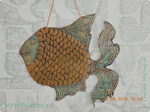 Приветствую жителей и гостей нашей прекрасной Страны Мастеров!!!  Я к Вам с золотой рыбкой. Задумка была очень давно и заготовка лежала с прошлого года. Сотворилась она у меня ко дню рождения моего папочки, он у меня заядлый рыбак. фото 1