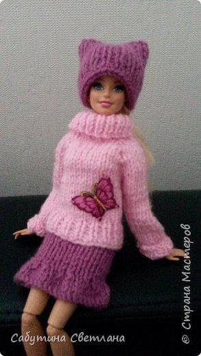 Дочурка попросила связать для своей куколку одежду, чтоб она не замерзла.