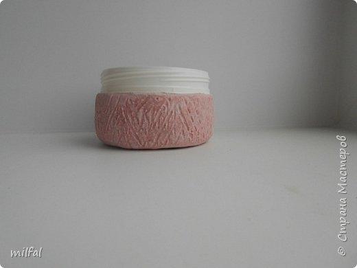 Шкатулка из солёного теста из баночки из-под крема. Состав солёного теста:Мука пшеничная — 2 стакана Соль «Экстра» — 1 стакан Вода —3/4 стакана фото 5