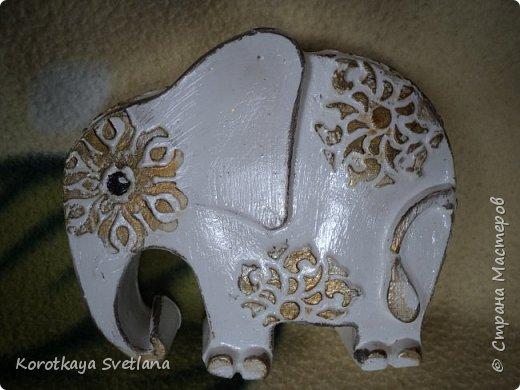 Приветствую жителей Страны мастеров! Вот такие слоники отлитые из гипса у меня появились благодаря Литвиновой Наташе. Наташенька, благодарю за идею. Твои слоники бесподобны! Я тоже старалась и вот что вышло. фото 2