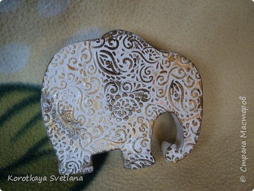 Приветствую жителей Страны мастеров! Вот такие слоники отлитые из гипса у меня появились благодаря Литвиновой Наташе. Наташенька, благодарю за идею. Твои слоники бесподобны! Я тоже старалась и вот что вышло. фото 4