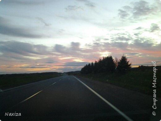 Всем огромный привет! Несколько дней назад, мы с мужем ехали из Москвы по Киевскому шоссе, и наблюдали такой закат,  это 200 км от Москвы. Такой красоты я давно не видела. Небо полыхало. Приглашаю вас со мной... фото 2