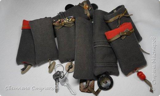Чехлы для телефонов и ключницы. фото 2