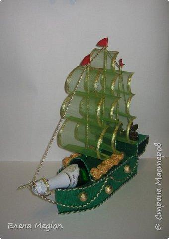 В моей скромной коллекции всего две яхты и три кораблика, но я их обожаю(от скромности не умру) фото 4
