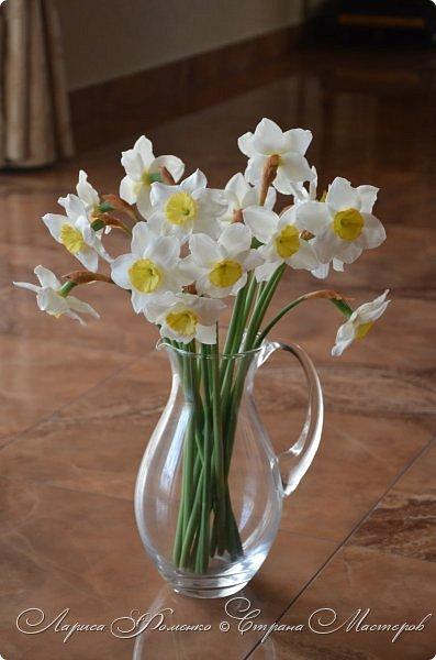 А у меня - Весна !!!  Нарциссы из полимерной глины.  Нарциссы у меня уже были, это повтор, они будут добавлены в два разных букета.   фото 2