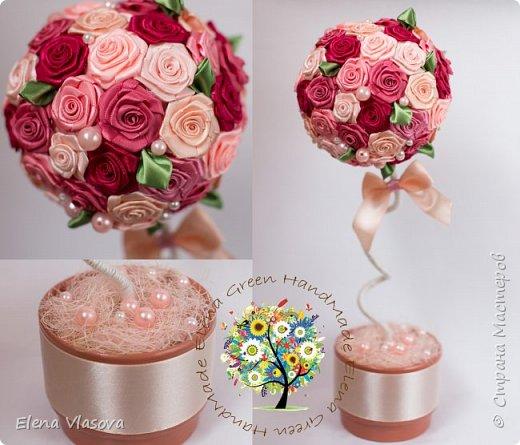 Яркие топиарии с розами из атласных лент.  фото 3