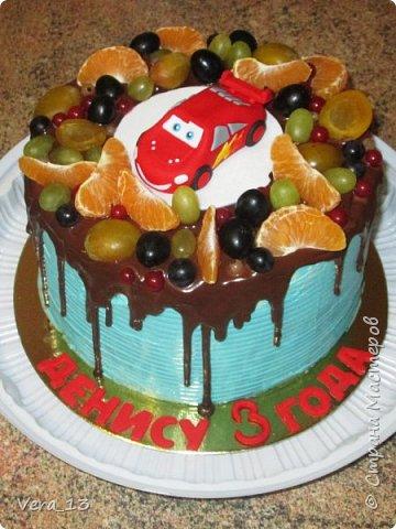 Привет, Страна! Накопились тортики, давно не выкладывала. Приглашаю в гости) Приятного просмотра) Очень много стали заказывать с фруктами. фото 19