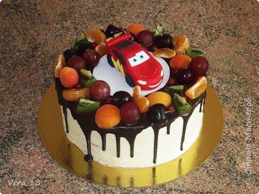 Привет, Страна! Накопились тортики, давно не выкладывала. Приглашаю в гости) Приятного просмотра) Очень много стали заказывать с фруктами. фото 8