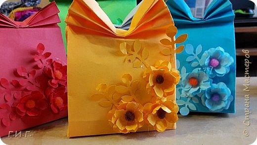 Упаковки для подарочков моим друзьям- учителям. фото 1