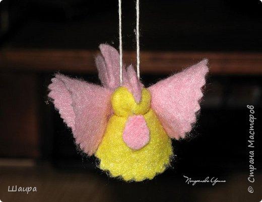 Пока делала ангелочков из ватных дисков http://stranamasterov.ru/node/1052665,  подумала, что по такому же принципу можно сделать и петушков. фото 11