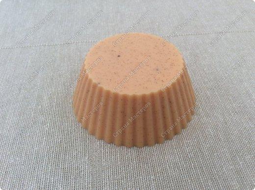 Моё мыльце с эфирным маслом корицы и молотой корицей.  Настоящее зимнее мыло ))) фото 2