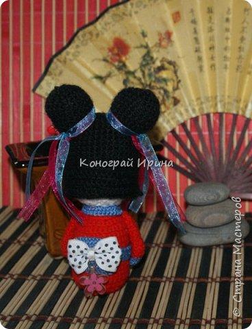 Куколка Кокэси в технике амигуруми фото 2