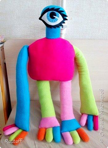 """Доброго всем вечера!  Эта странная особа - герой сериала """"Сваты"""", сшилась на заказ для маленькой девочки.  Стоит с опорой) фото 6"""