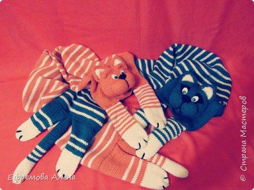 Вот такие шарфики и шапочки связались у меня для моих двойняшек крестиков Даниила и Дарьи фото 2