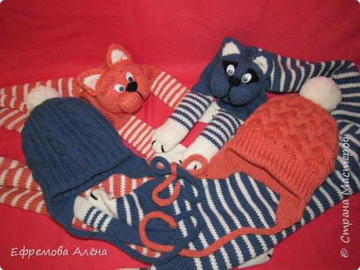 Вот такие шарфики и шапочки связались у меня для моих двойняшек крестиков Даниила и Дарьи фото 8