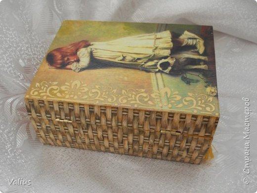 Ко дню учителя сотворила шкатулочку! Подарила...используется по назначению - под милые, добрые, ценные и не очень украшения... фото 4