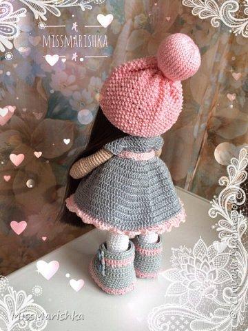 Всем привет) решилась наконец-то показать Вам свою куколку) Знакомьтесь - девочка Алинка) связана из 100% хлопка, на проволочном каркасе, стоит самостоятельно, рост 24см фото 3