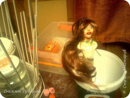 добрый вечер Страна мастеров!!!!! Хочу представить мое новое заните1 куклы!  это мои первые куклы в жизни..которые сделала сама!!  О куклах мечтала давно..собирала материал разный..все как то не начиналось..мне вообще люди с трудом даются..в вышивке даже..я долго собраться не могу и работа долго длиться..Но тут вот что то осенило!  Конечно не идеальные получились...оооочень много ошибок .недочетов.ошибок и тд..но все же...они получились!!!  Я сама то любуюсь ими...долго не решалась показывать их..но хочется научится и дельных подсказок!!! фото 22