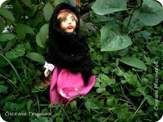 добрый вечер Страна мастеров!!!!! Хочу представить мое новое заните1 куклы!  это мои первые куклы в жизни..которые сделала сама!!  О куклах мечтала давно..собирала материал разный..все как то не начиналось..мне вообще люди с трудом даются..в вышивке даже..я долго собраться не могу и работа долго длиться..Но тут вот что то осенило!  Конечно не идеальные получились...оооочень много ошибок .недочетов.ошибок и тд..но все же...они получились!!!  Я сама то любуюсь ими...долго не решалась показывать их..но хочется научится и дельных подсказок!!! фото 5