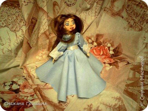 добрый вечер Страна мастеров!!!!! Хочу представить мое новое заните1 куклы!  это мои первые куклы в жизни..которые сделала сама!!  О куклах мечтала давно..собирала материал разный..все как то не начиналось..мне вообще люди с трудом даются..в вышивке даже..я долго собраться не могу и работа долго длиться..Но тут вот что то осенило!  Конечно не идеальные получились...оооочень много ошибок .недочетов.ошибок и тд..но все же...они получились!!!  Я сама то любуюсь ими...долго не решалась показывать их..но хочется научится и дельных подсказок!!! фото 9