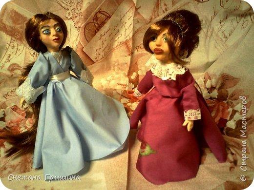 добрый вечер Страна мастеров!!!!! Хочу представить мое новое заните1 куклы!  это мои первые куклы в жизни..которые сделала сама!!  О куклах мечтала давно..собирала материал разный..все как то не начиналось..мне вообще люди с трудом даются..в вышивке даже..я долго собраться не могу и работа долго длиться..Но тут вот что то осенило!  Конечно не идеальные получились...оооочень много ошибок .недочетов.ошибок и тд..но все же...они получились!!!  Я сама то любуюсь ими...долго не решалась показывать их..но хочется научится и дельных подсказок!!! фото 18