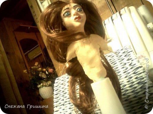добрый вечер Страна мастеров!!!!! Хочу представить мое новое заните1 куклы!  это мои первые куклы в жизни..которые сделала сама!!  О куклах мечтала давно..собирала материал разный..все как то не начиналось..мне вообще люди с трудом даются..в вышивке даже..я долго собраться не могу и работа долго длиться..Но тут вот что то осенило!  Конечно не идеальные получились...оооочень много ошибок .недочетов.ошибок и тд..но все же...они получились!!!  Я сама то любуюсь ими...долго не решалась показывать их..но хочется научится и дельных подсказок!!! фото 25