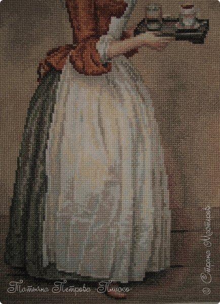 """Всем привет! Продолжаю отчёт о проделанной во время декрета работе) Сегодня покажу две больших работы. Одна из них - вышивка """"Шоколадница"""" по мотивам известной картины швейцарского художника XVIII века Ж.Э. Лиотара """"Прекрасная шоколадница"""", изображающей служанку, несущую на подносе горячий шоколад. Набор для вышивания фирмы """"Риолис"""". Размер готовой работы: 24 х 40 см. 29 цветов. Автор схемы: Людмила Инякина. фото 7"""