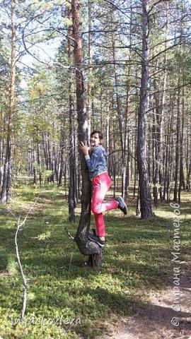 Доброго времени суток жители Страны. Хочется поделиться с вами прогулкой на день города Якутска.Погода нас нынче балует. Тепло. Это мои внучки. Младшая Катюша, старшая Лиза фото 13