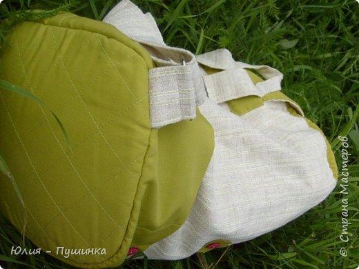 Рюкзак подойдет и большим и маленьким, с регулирующимися ремнями, широкими и удобными фото 2