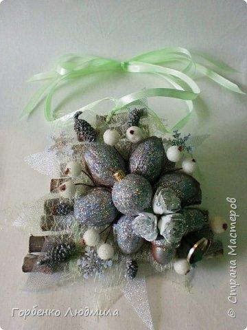 Добрый вечер,Страна! Сегодня я к вам с очередной порцией новогодних работ-ёлки-подвески из природного материала! Первые такие ёлочки можно посмотреть здесь http://stranamasterov.ru/node/976523  фото 11