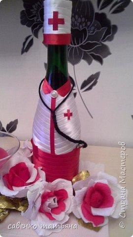 напиток, конфеты в змее и в цветах, свеча. фото 4