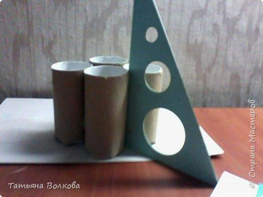 Для изготовления поделки взяла трубочки из под туалетной бумаги и набор на морскую тематику. Так же клей, ножницы и цветная бумага. фото 3