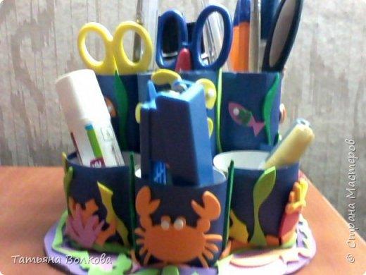 Для изготовления поделки взяла трубочки из под туалетной бумаги и набор на морскую тематику. Так же клей, ножницы и цветная бумага. фото 12