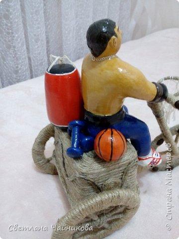 Всем доброго времени суток!!! Очередная моя работа, выполнена на заказ, от родителей в день рождения сыну Денису, который занимается боксом и играет в баскетбол!!!  фото 6