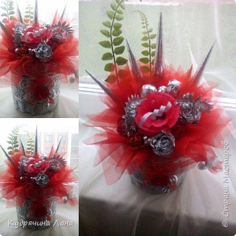 корзина с цветами из конфет фото 3