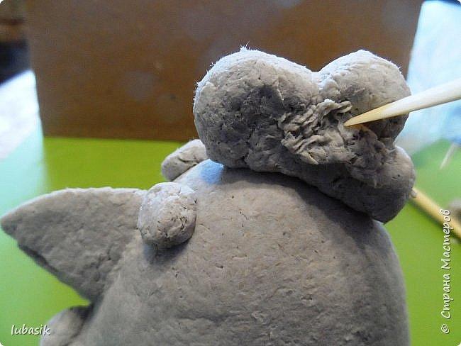 Здравствуйте, мои дорогие и любимые соседи по Стране! Когда я выложила своих петушков, многие заинтересовались процессом создания, поэтому решила подготовить МК. Таким образом родился новый Петя - Петушок . Пыталась имитировать керамику. фото 12