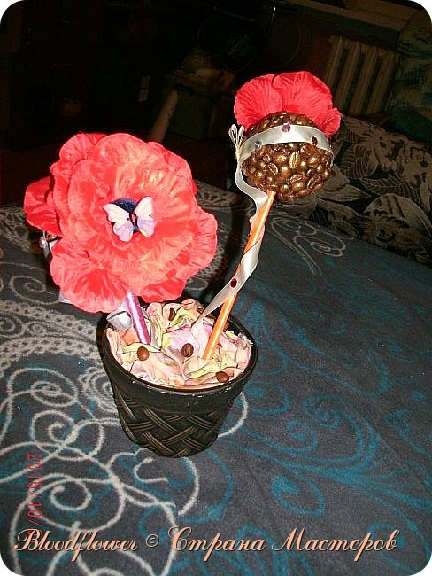 Делала подруге на День рождения.Тематика Красно-кофейная. фото 2