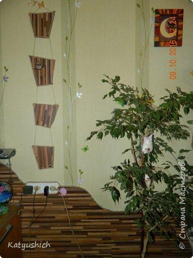 """Т.к. в доме собака, и стены от нее очень """"страдают"""", было решено ламинат пустить и на стены.  Лобзик, жидкие гвозди и обоям ничего не грозит:)  фото 1"""
