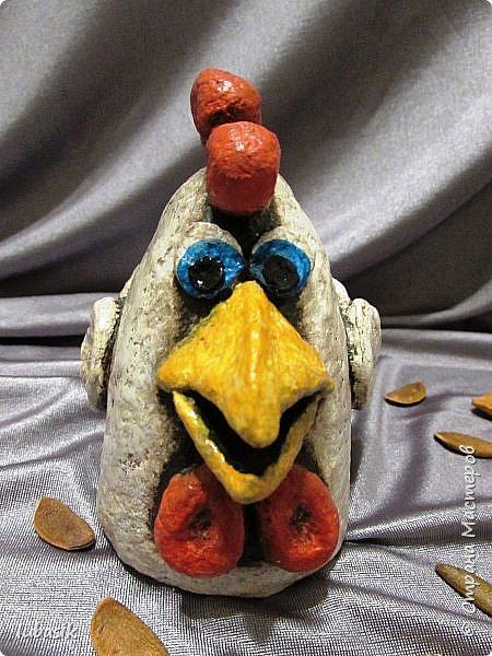 Здравствуйте, мои дорогие и любимые соседи по Стране! Когда я выложила своих петушков, многие заинтересовались процессом создания, поэтому решила подготовить МК. Таким образом родился новый Петя - Петушок . Пыталась имитировать керамику. фото 40