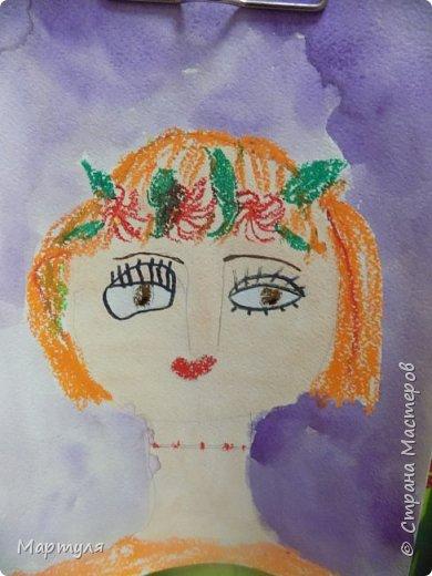 Рисовали с детьми подготовительной группы красавицу Осень масляной пастелью, лист тонировали акварелью. фото 8
