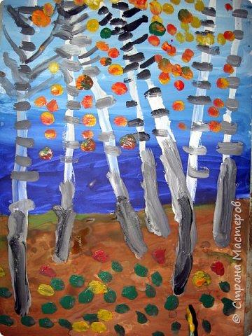 """Благодаря работе Марины """"Мы рисуем осень"""" (http://stranamasterov.ru/node/1049345), у нас тоже появилась своя осенняя рощица. Первая работа моя, потом немного детских (возраст 5-6 лет). фото 3"""